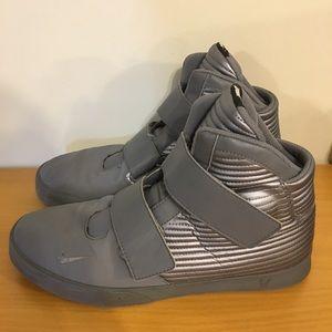 Nike Flystepper 2K3 PRM Premium Grey